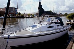 Yacht Charter Sailart 24
