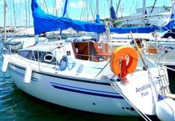 Yacht Charter Comet 860  - Sailing Yacht in Pula - Croatia