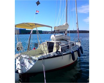 Yacht Charter Dufour 3800  - Sailing Yacht in Pula - Croatia