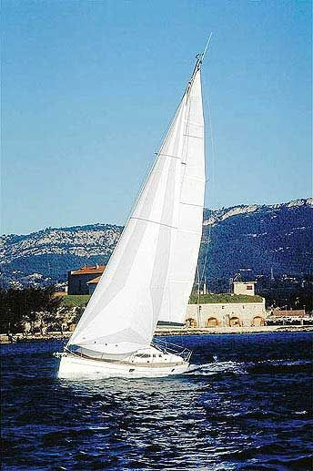 Yacht Charter Feeling 36  - Sailing Yacht in Martinique / Le Marin - Martinique