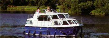Yacht Charter Viking 1000  - Houseboat in Prague - Czech Republic
