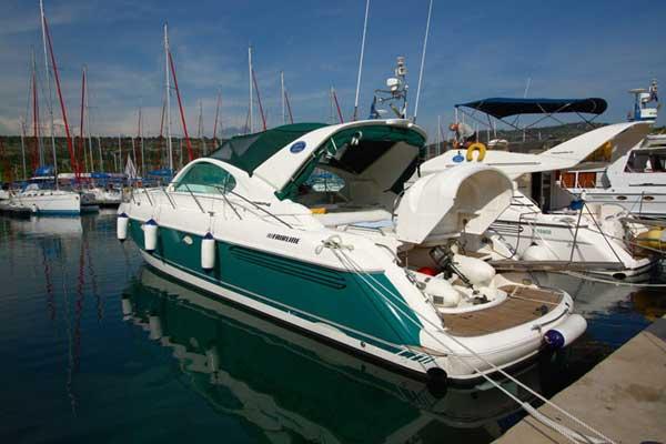 Yacht Charter Fairline Targa 48