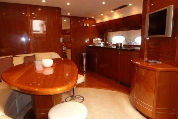 Yacht Charter Princess V58