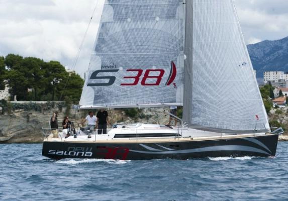 Аренда яхты Salona 38 (3Cab)  /2012