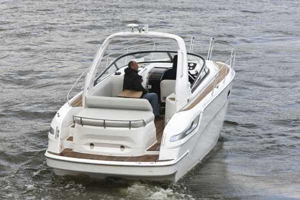Yacht Charter Bavaria 28 Sport