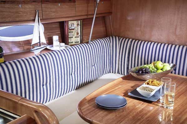 Yacht Charter Bavaria 34 Cruiser ...