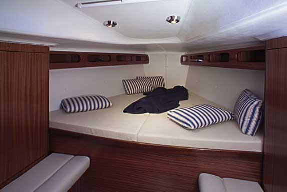 Yacht Charter Bavaria 38 Match ...