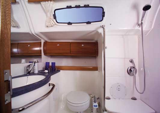 Yacht Charter Bavaria 46 Cruiser ...