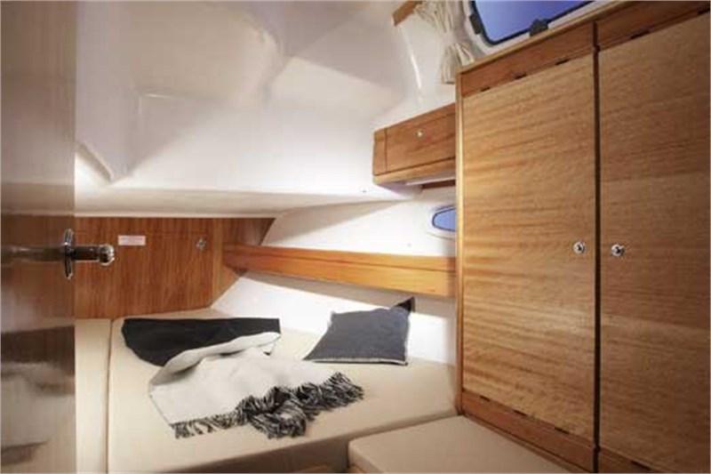 Yacht Charter Bavaria 39 Cruiser ...