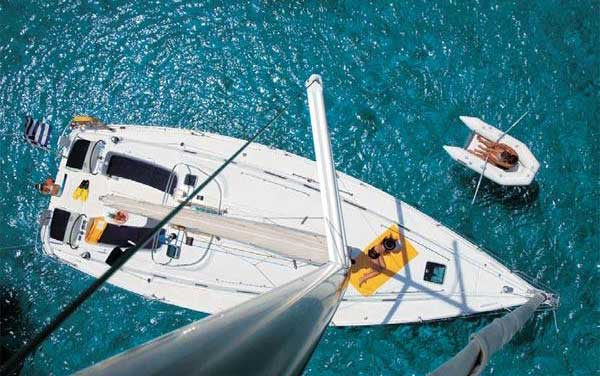 View of Beneteau Cyclades 43.4. Possible variations in details