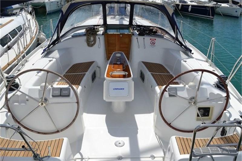 Аренда яхты Beneteau Cyclades 43.4 (4Cab)  /2006