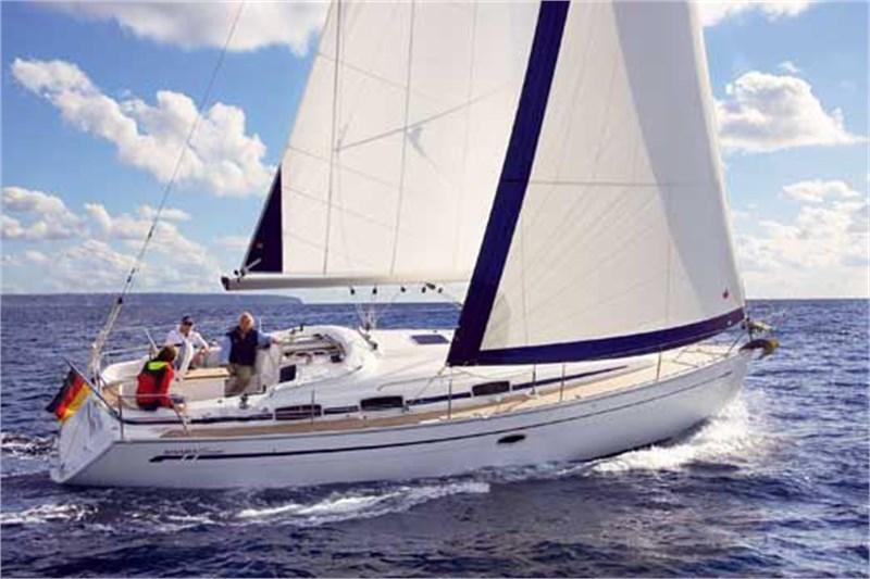 Аренда яхты Bavaria 37 Cruiser (3Cab)  /2006