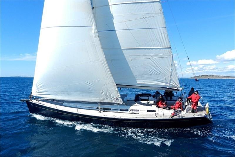Аренда яхты Grand Soleil 50 (4Cab)  /2005