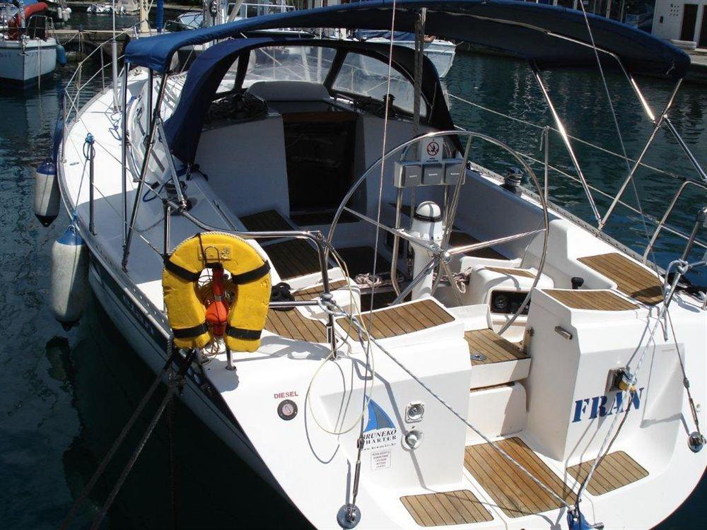 Аренда яхты Elan 40 (3Cab)  /2002
