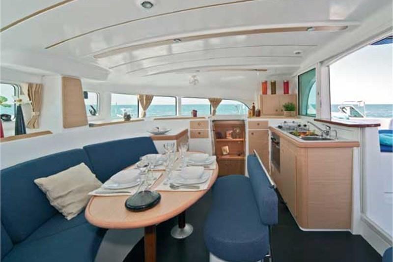 Аренда яхты Lagoon 380 S2 (4Cab)  /2006