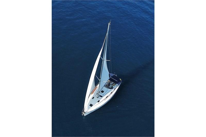 Аренда яхты Bavaria 39 (3Cab)  /2006