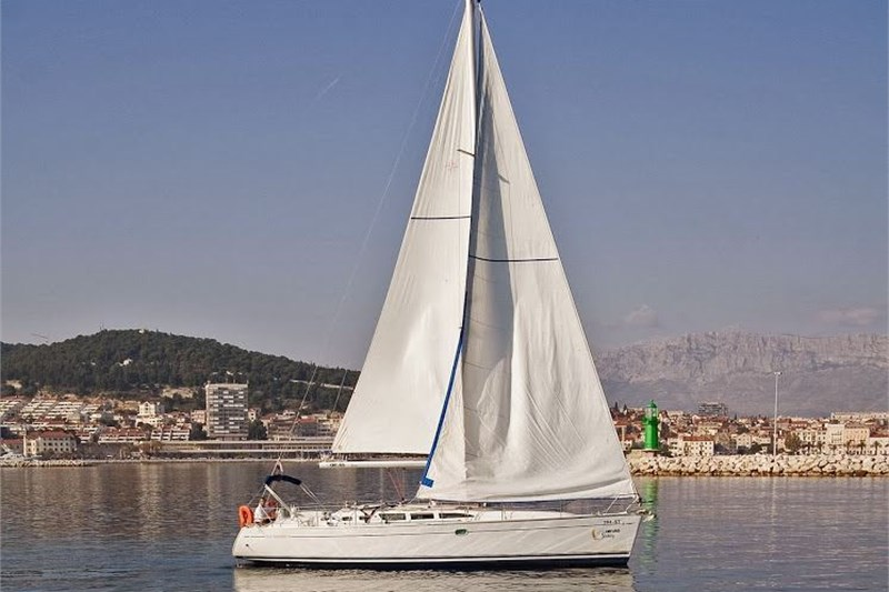 Аренда яхты Sun Odyssey 43 (4Cab)  /2002