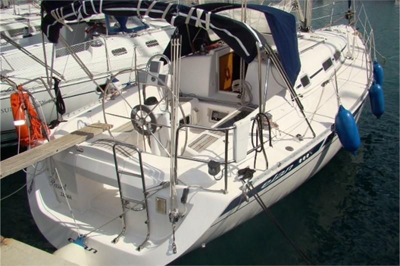 Аренда яхты Elan 333 (2Cab)  /2002