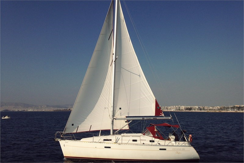 Аренда яхты Oceanis 331 (3Cab)  /2000