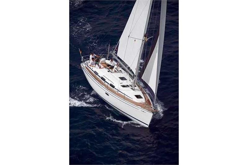 Аренда яхты Bavaria 33 Cruiser (2Cab)  /2007