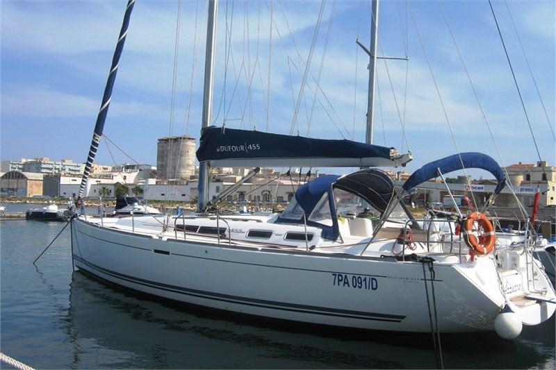 Аренда яхты Dufour 455 (4Cab)  /2008