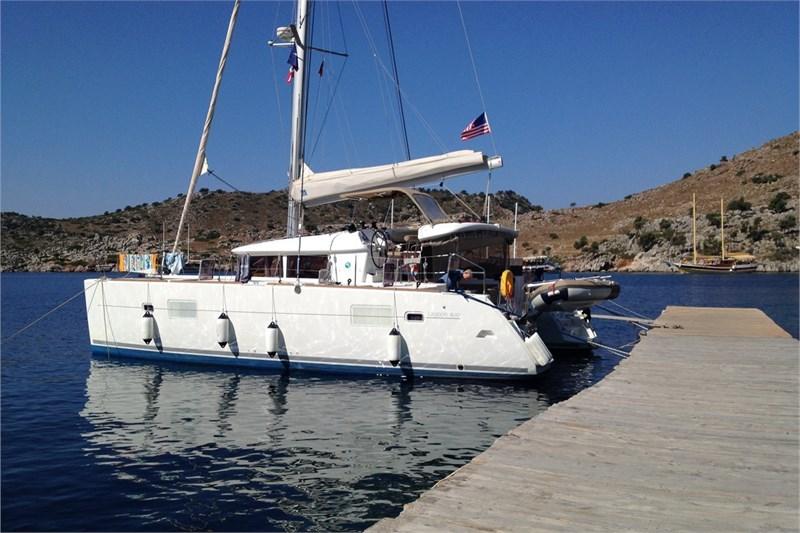 Аренда яхты Lagoon 400 (4Cab)  /2012