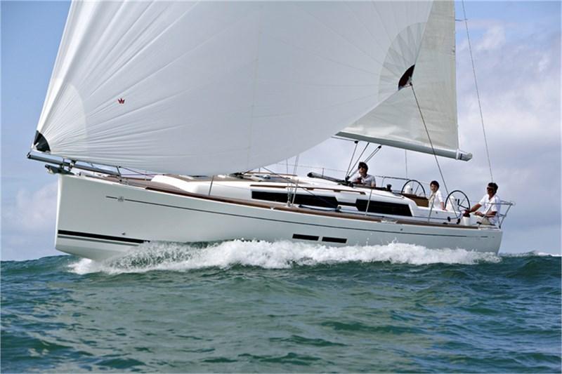 Аренда яхты Dufour 375 Grand Large (3Cab)  /2013
