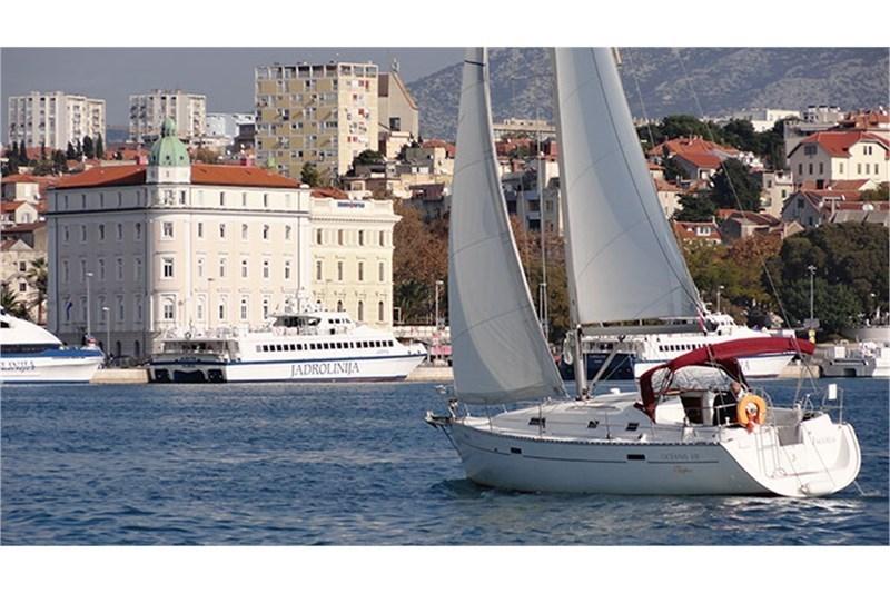 Аренда яхты Oceanis 331 (3Cab)  /2002