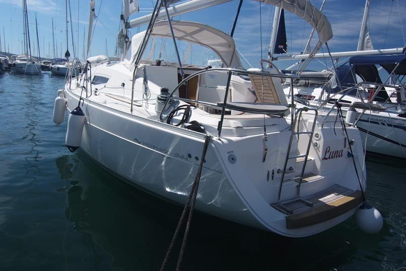 Аренда яхты Elan Impression 344 (3Cab)  /2006