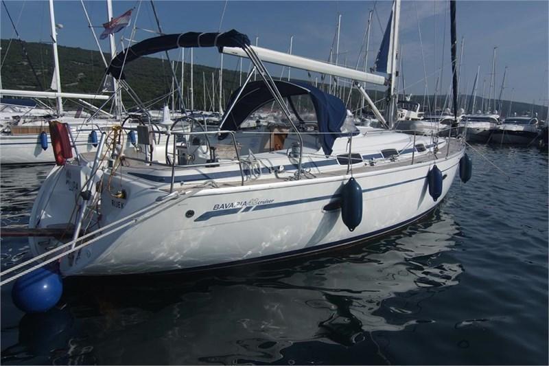 Аренда яхты Bavaria 42 Cruiser (3Cab)  /2005