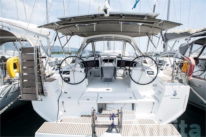 Аренда яхты Oceanis 48 (5Cab)  /2015