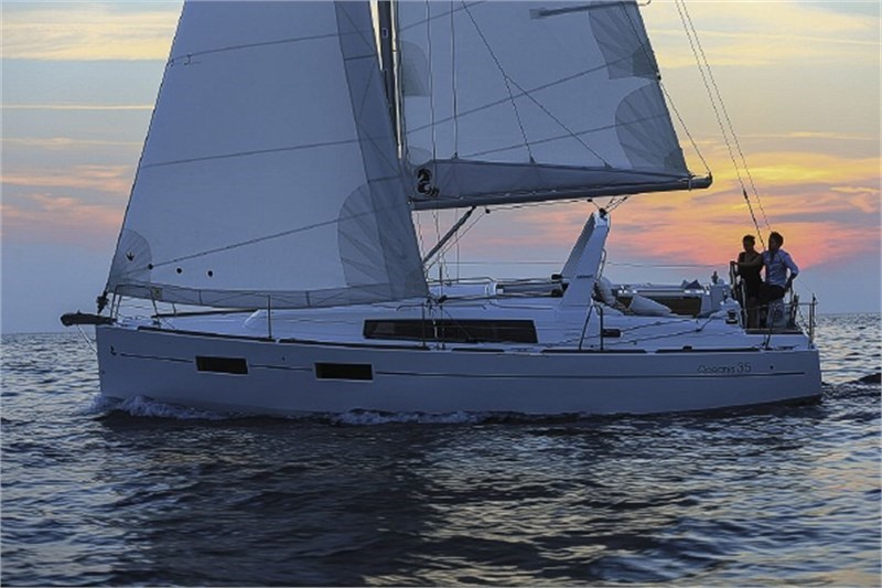 Аренда яхты Oceanis 35 (3Cab)  /2015