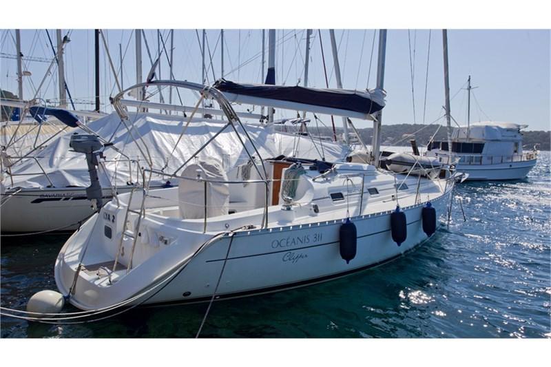 Аренда яхты Oceanis 311 (2Cab)  /2001