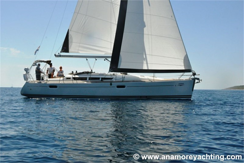 Аренда яхты Sun Odyssey 42i (3Cab)  /2009