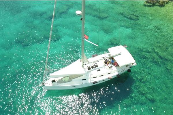Аренда яхты Bavaria Cruiser 45 (3Cab)  /2011