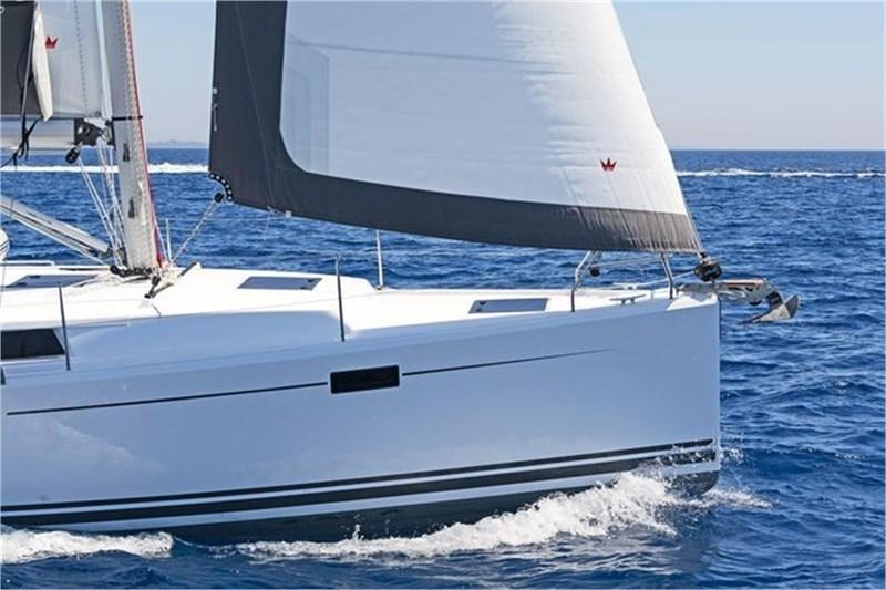 Аренда яхты Hanse 385  /2014