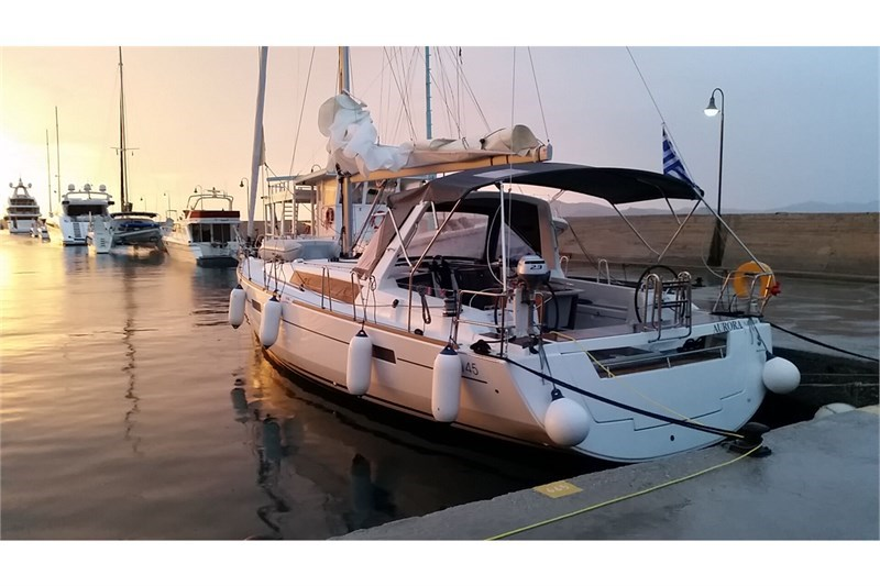 Аренда яхты Oceanis 45 (4Cab)  /2015