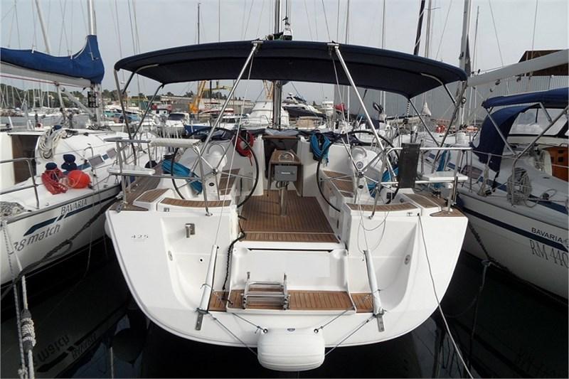 Аренда яхты Dufour 425 (3Cab)  /2010