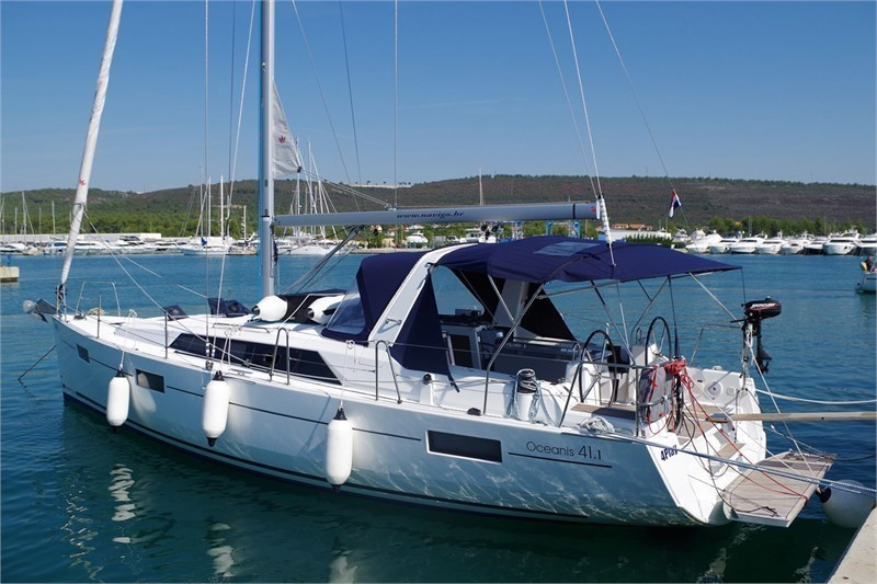 Аренда яхты Oceanis 41.1 (3Cab)  /2017