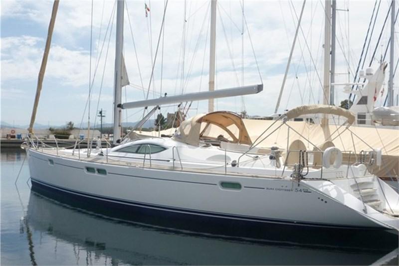 Аренда яхты Jeanneau 54 (3Cab)  /2007