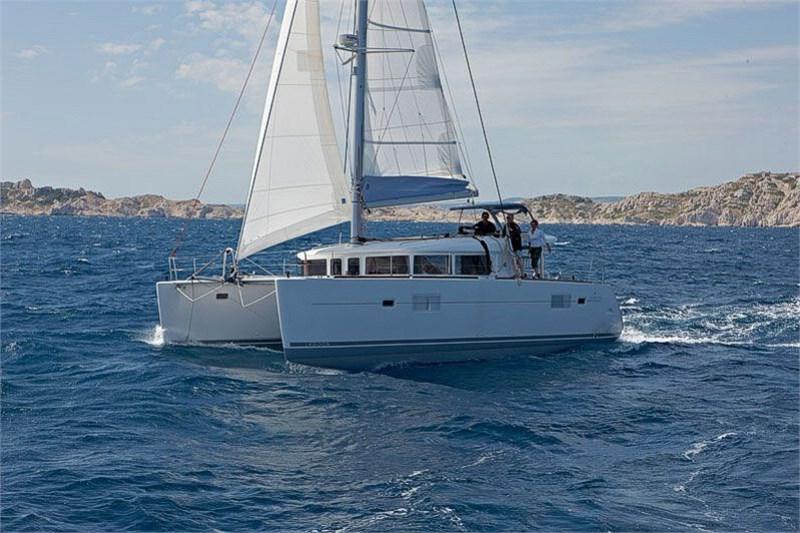 Аренда яхты Lagoon 400-S2 (4Cab)  /2016