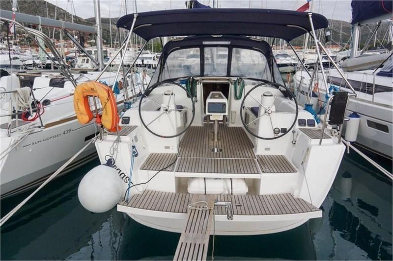 Аренда яхты Dufour 380 Grand Large (3Cab)  /2014