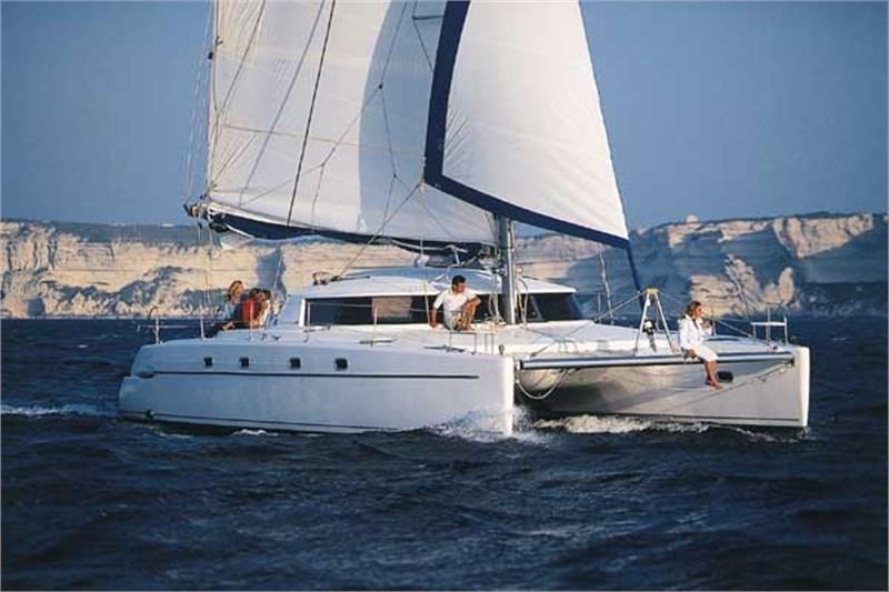 Аренда яхты Belize 43 (4Cab)  /2006