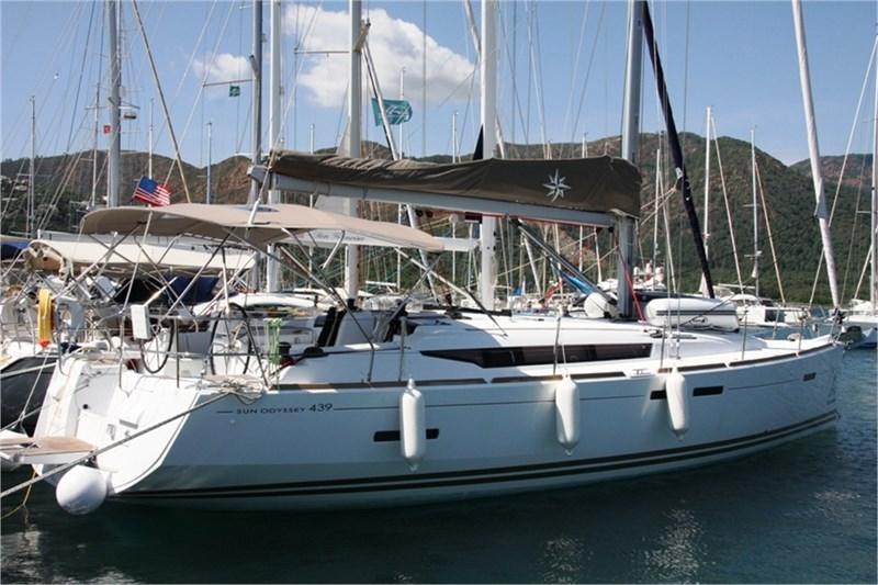 Аренда яхты Sun Odyssey 439 (4Cab)  /2015