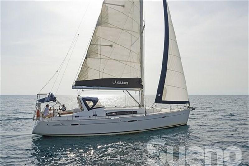 Аренда яхты Oceanis 50 Family (5Cab)  /2010