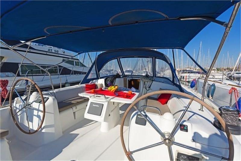 Аренда яхты Beneteau Cyclades 50.5 (5+1Cab)  /2007