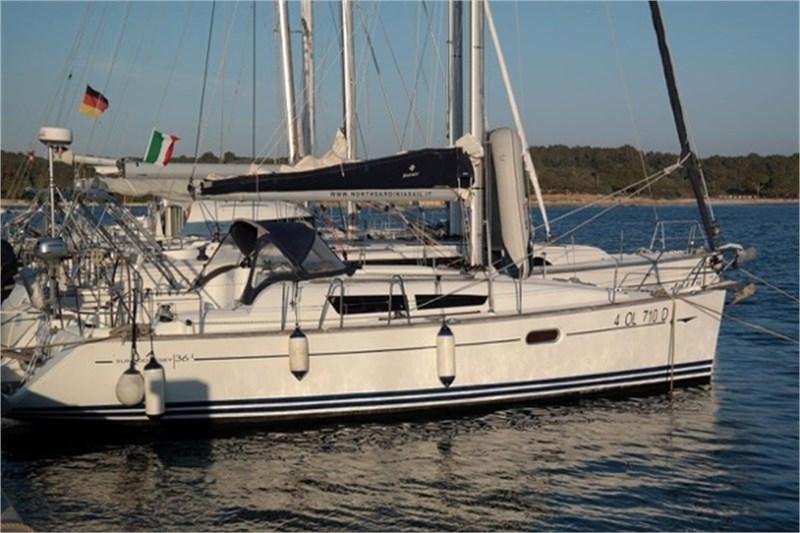 Аренда яхты Sun Odyssey 36i (3Cab)  /2009