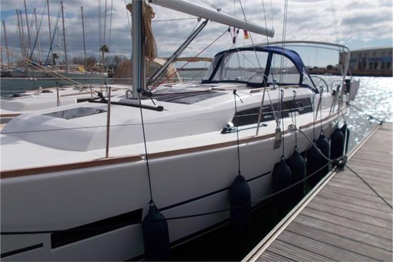 Аренда яхты Dufour 382 Grand Large (3Cab)  /2015
