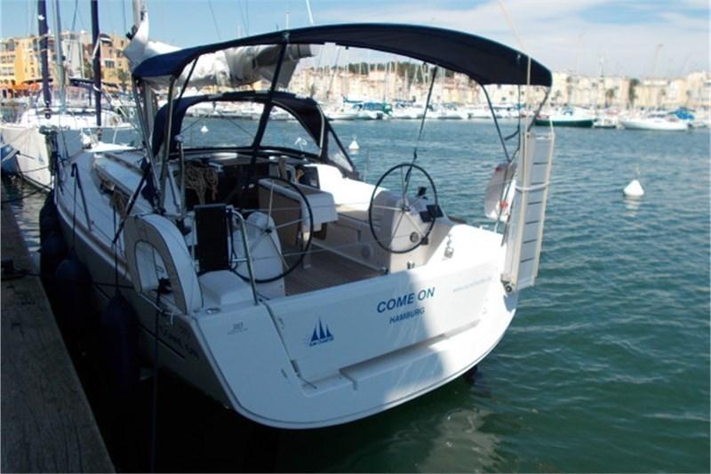 Аренда яхты Dufour 310 Grand Large (2Cab)  /2017