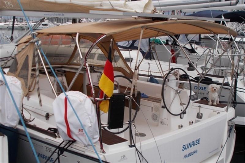 Аренда яхты Dufour 335 Grand Large (2Cab)  /2014